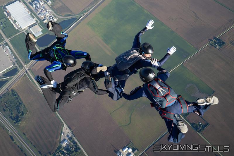 "<br><span class=""skyfilename"" style=""font-size:14px"">2018-09-09_skydive_csc_0181</span>"