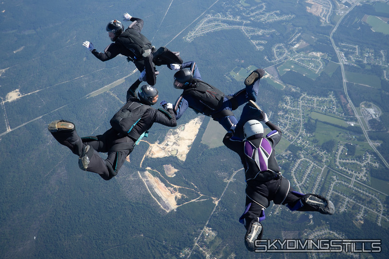 "<span class=""skyfilename"" style=""font-size:14px"">2019-09-15_skydive_raeford_0155</span>"