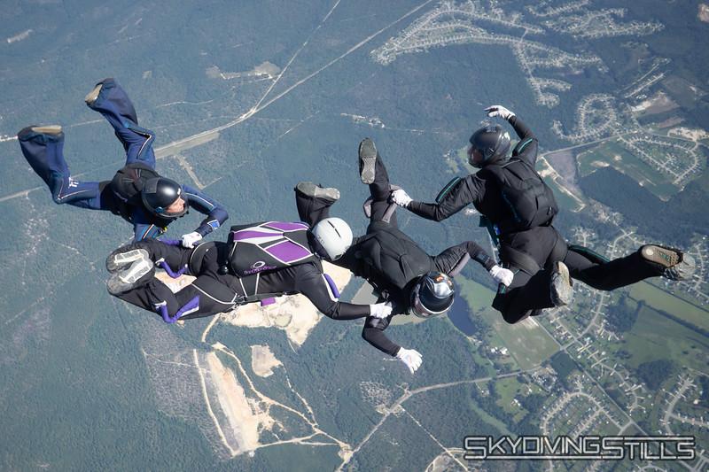 "<span class=""skyfilename"" style=""font-size:14px"">2019-09-17_skydive_raeford_0458</span>"