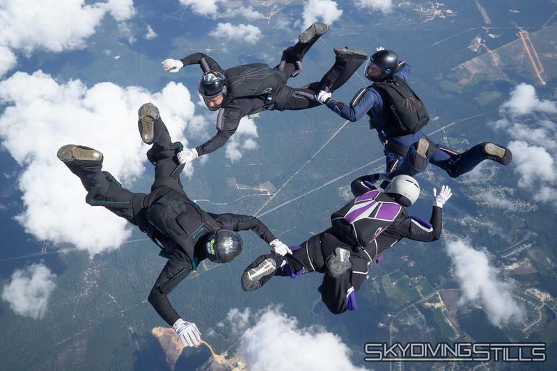 "<span class=""skyfilename"" style=""font-size:14px"">2019-09-15_skydive_raeford_0241</span>"