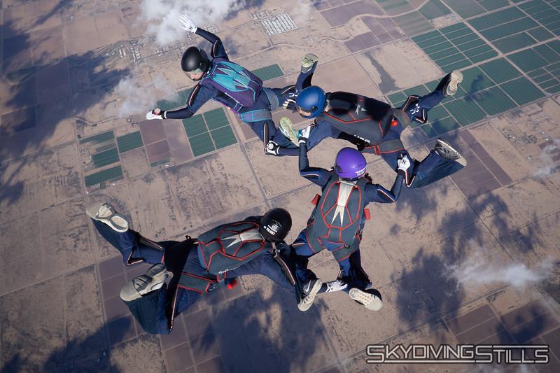 "<br><span class=""skyfilename"" style=""font-size:14px"">2018-12-26_skydive_sdaz_0416</span>"