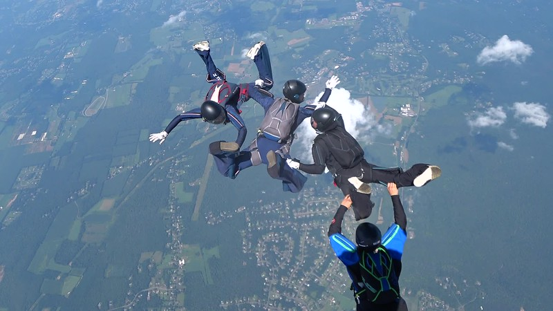 """Video of MA4, jump 3. <br><span class=""""vidfilename"""" style=""""font-size:14px"""">2018-08-10_video_ma4_3</span><br><span class=""""musiccredit"""" style=""""font-size:14px"""">Wind noise. Mute the volume.</span>"""