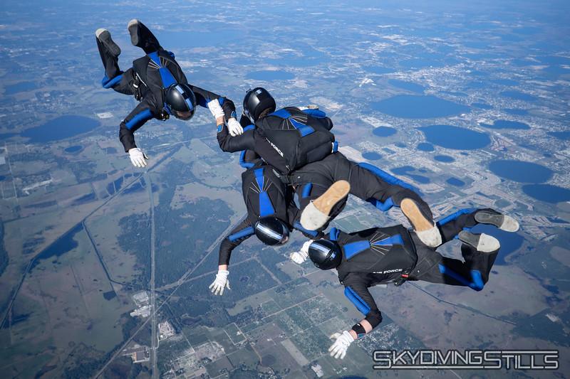 """<span class=""""skyfilename"""" style=""""font-size:14px"""">2020-01-01_skydive_lake_wales_0502-2</span>"""