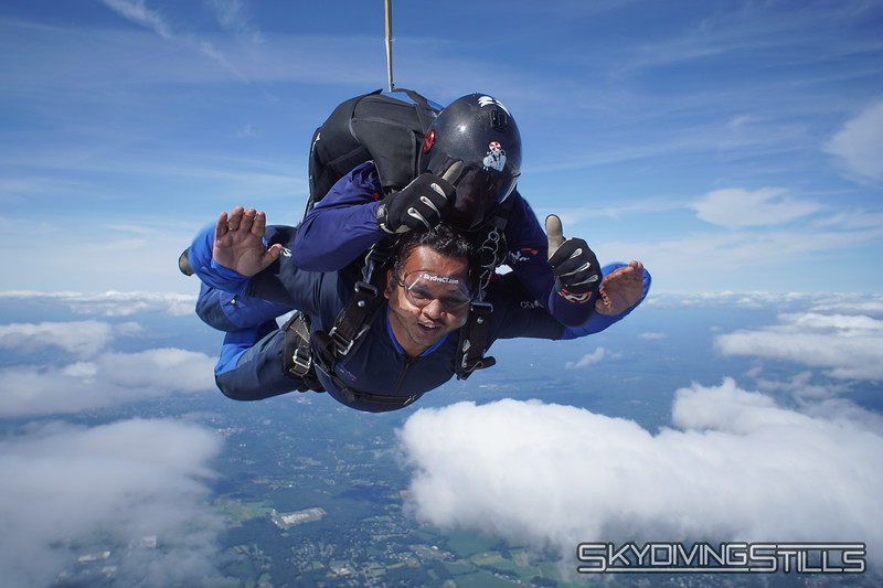 """Piyush's tandem with Mike. <br><span class=""""skyfilename"""" style=""""font-size:14px"""">2019-08-11_skydive_cpi_1268</span>"""