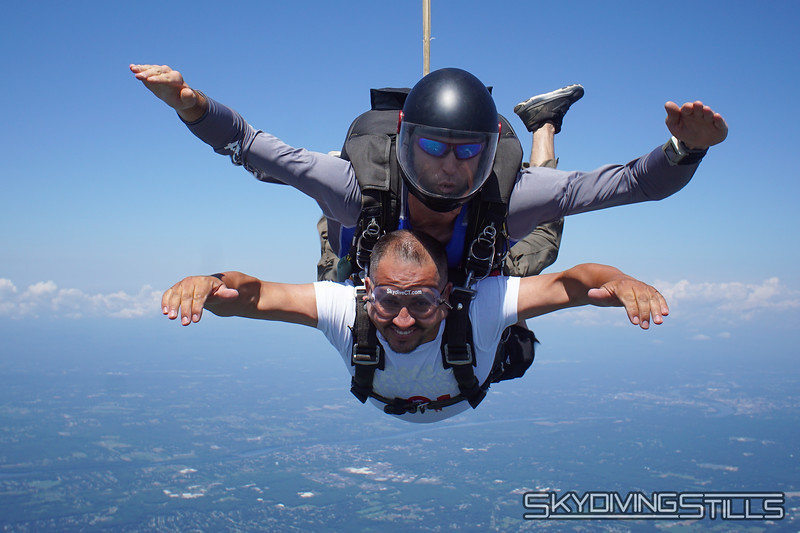 """Olger's tandem with Justin. <br><span class=""""skyfilename"""" style=""""font-size:14px"""">2019-08-04_skydive_cpi_0385</span>"""