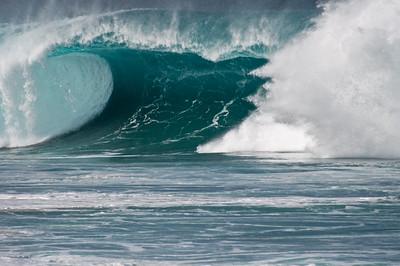 Winter Waves at Pipeline  North Shore of O'ahu Hawai'i