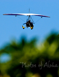 Yellow microlite flying machine