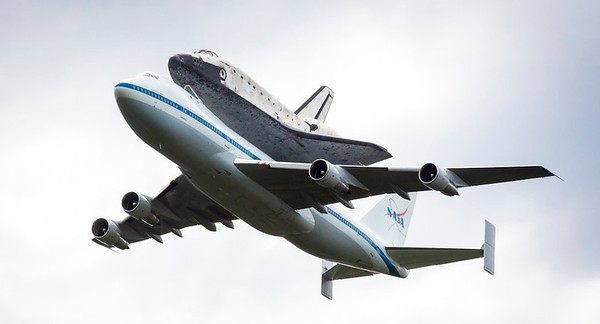 Discovery Arrives at Dulles 2012