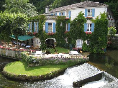 le Moulin de l'Abbaye Brantome, France