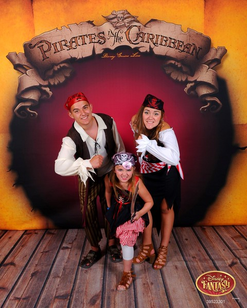 272-39523301-C Disney Pirate 3 MS-27232_GPR