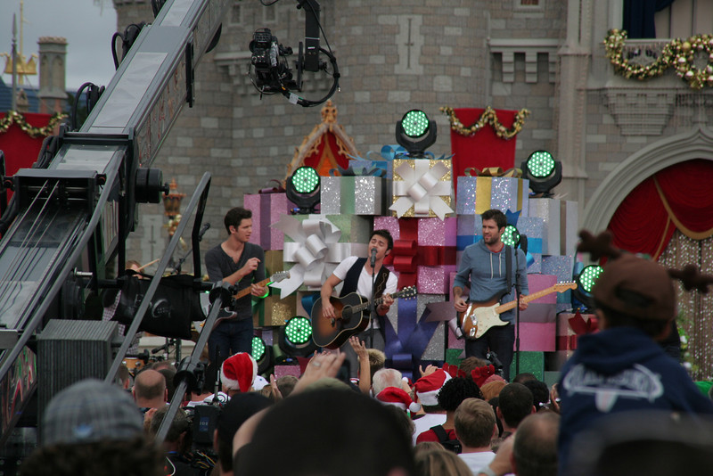 Kris Allen performing for the taping of the Disney Christmas Parade