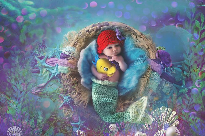 Disney Newborn Photo (1)