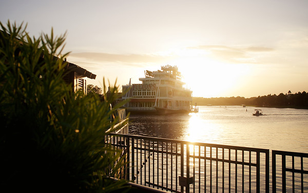Fulton's Crab House at Sunset, on a regular Monday afternoon in Downtown Disney.