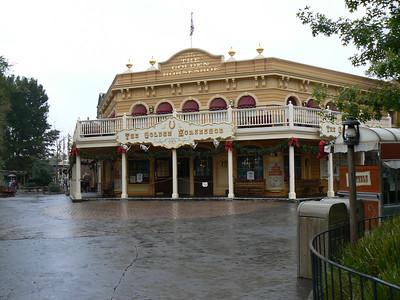 Disneyland - Day 1 - November 2006