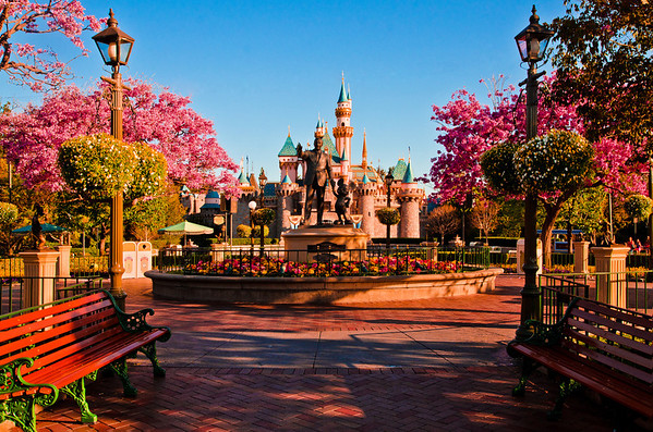 Happy 58th Anniversary to the greatest theme park in the US, Disneyland!