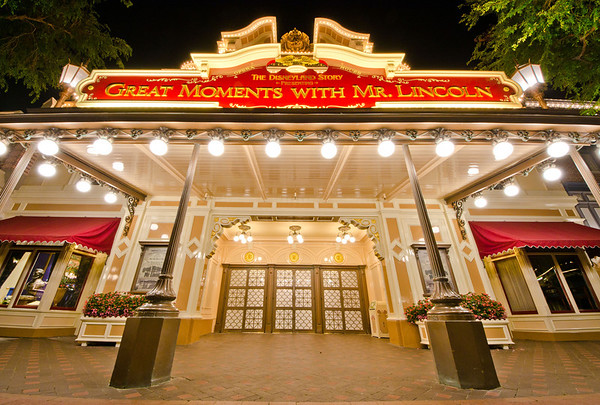 """I always enjoy looking at my Disneyland books ( <a href=""""http://www.disneytouristblog.com/disney-theme-park-books/"""">http://www.disneytouristblog.com/disney-theme-park-books/</a>) to see """"extinct"""" Disneyland attractions. I'm very glad Great Moments with Mr. Lincoln isn't one of those extinct attractions!"""