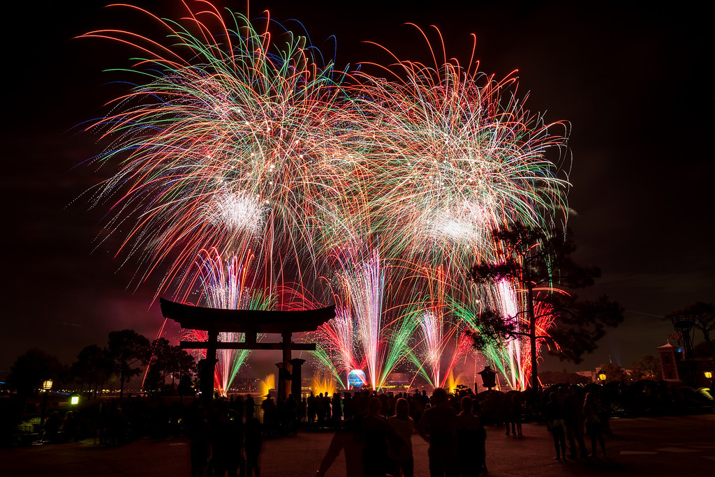 Holiday - Exterior Landscapes and Fireworks