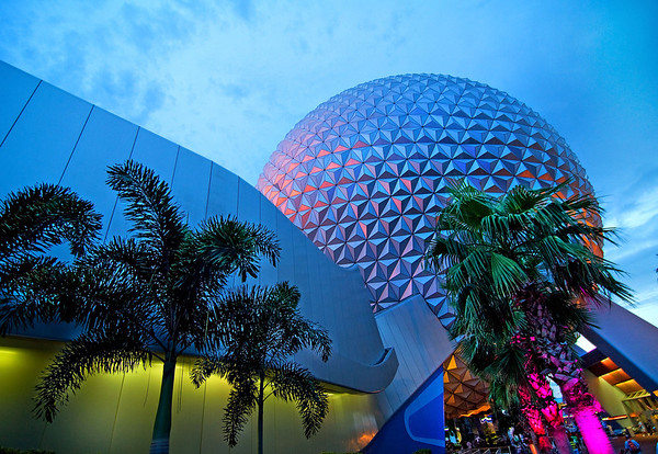 "Wide angle photo of Spaceship Earth at dusk, shot with the Tokina 11-16mm f/2.8. <br /> <br /> Lens review: <a href=""http://www.disneytouristblog.com/tokina-11-16mm-f2-8-ultra-wide-angle-lens-review/"">http://www.disneytouristblog.com/tokina-11-16mm-f2-8-ultra-wide-angle-lens-review/</a>"