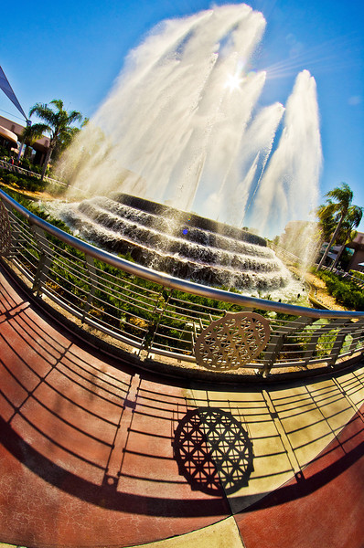 I'd love to be standing here, watching the Fountain of Nations right now!