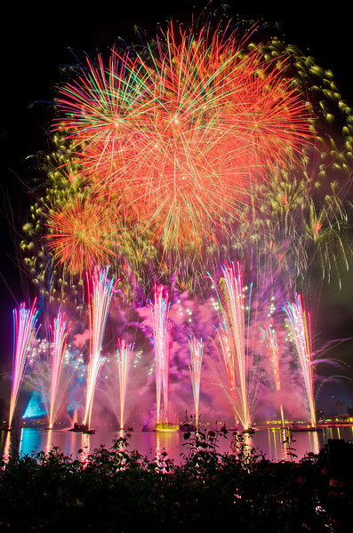 """Fireworks from Epcot's 30th anniversary!<br /> <br />  <a href=""""http://www.disneytouristblog.com/epcot-30th-anniversary-guide/"""">http://www.disneytouristblog.com/epcot-30th-anniversary-guide/</a>"""