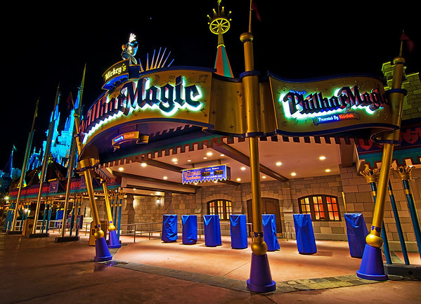 Mickey's PhilharMagic is a really fun attraction, especially for us children on the 1990s!