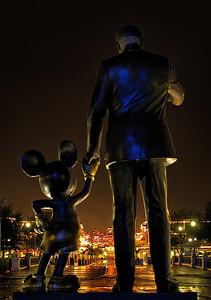 101 Tips for Walt Disney World! http://www.disneytouristblog.com/101-disney-world-best-tips/