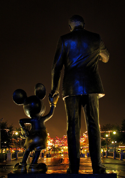 "101 Tips for Walt Disney World! <a href=""http://www.disneytouristblog.com/101-disney-world-best-tips/"">http://www.disneytouristblog.com/101-disney-world-best-tips/</a>"