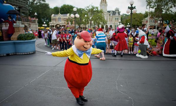 Move It! Shake It! Celebrate It! Street Party