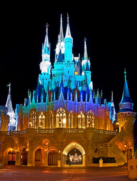 """Who thinks the back of Cinderella Castle is prettier than the front? <br /> <br /> The inside is fairly pretty, too: <a href=""""http://www.disneytouristblog.com/cinderella-castle-suite-tour-photos/"""">http://www.disneytouristblog.com/cinderella-castle-suite-tour-photos/</a>"""