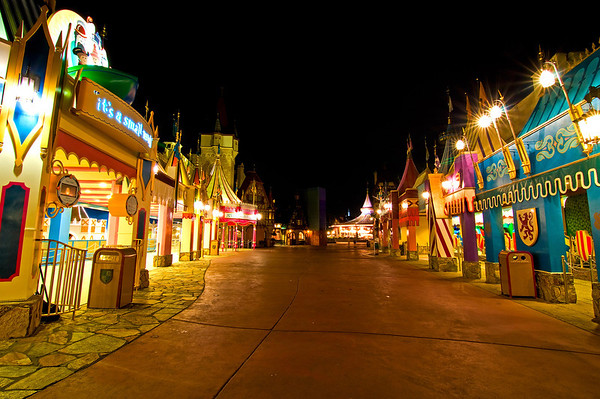 What would you do if you had an hour in Fantasyland with NO lines?