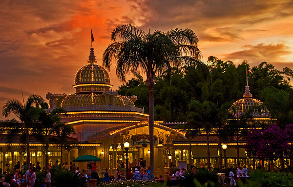 "Crystal Palace at sunset in the Magic Kingdom. <br /> <br /> Read our Crystal Palace review: <a href=""http://www.disneytouristblog.com/crystal-palace-breakfast-review/"">http://www.disneytouristblog.com/crystal-palace-breakfast-review/</a>"