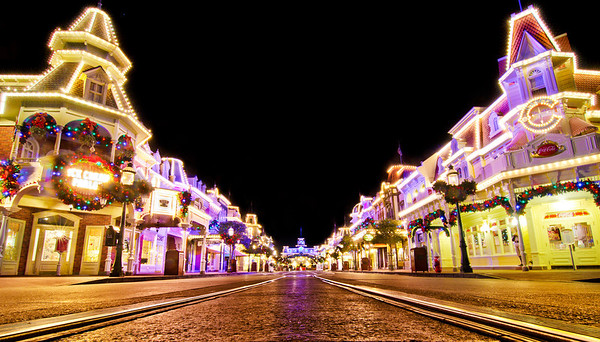 """My favorite time to take photos at Walt Disney World is Christmas. The parks are absolutely beautiful at night, and I love the ambiance! <br /> <br /> Vacation photo tips: <a href=""""http://www.disneytouristblog.com/vacation-photo-tips/"""">http://www.disneytouristblog.com/vacation-photo-tips/</a>"""