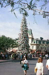 Disneyland Main Street Christmas tree.