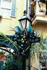 img02-02NewOrleansSquareXmasDecorBluePurpleStreetLamp