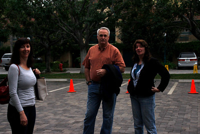 ShoRob, Paul, and Linda in the nice parking lot of the Candy Cane Inn, where we stayed.