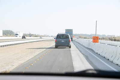 Funny split of southbound lanes in construction