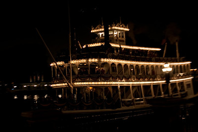 2009 Mark Twain at night. Rivers of America are so narrow now that there's not enough space to really get a good reflection.