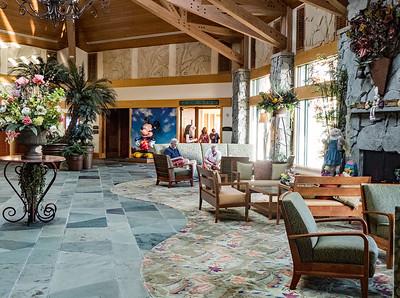 Shades of Green hotel lobby