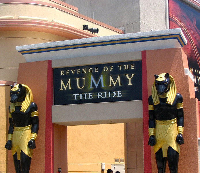 """Revenge of the Mummy""... not that's an awesome ride at Universal too... we can't wait to ""go back"" (you'll know what we mean if you've done it) on it again soon! :-)<br /> <br /> Well, it was a short but sweet trip visiting these 2 great places in Southern California but for sure we'll be visiting again sometime soon!"