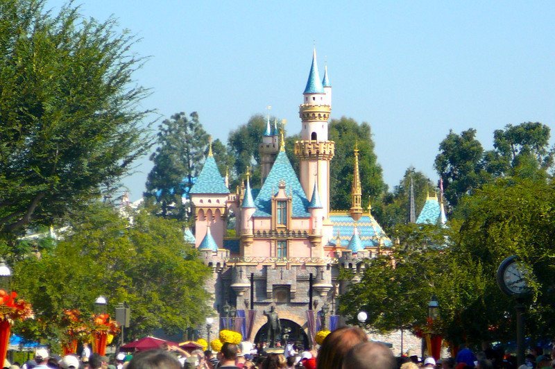 Ahhh... Cinderella's Castle!! This was our 3rd time to Disneyland in 2 years but we never get tired of sites like this one!!