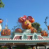 Even though Halloween was 1 month away you can see by the entrance to Disneyland they like to get celebrations going early. :-)