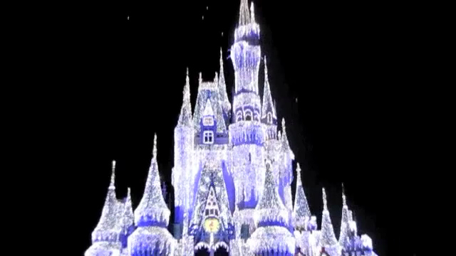 """Click Play & have a """"Live"""" look at the Castle lighting up. Well, our 4th visit to Walt Disney World has been another great one! Check out our full blog post about our time in DisneyWorld here: <a href=""""http://nancyandshawnpower.com/walt-disney-world-florida-christmas-time/"""">http://nancyandshawnpower.com/walt-disney-world-florida-christmas-time/</a>"""