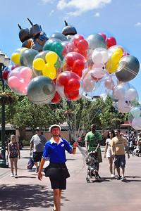 Balloon Seller at Hollywood Studios