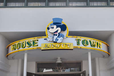 Mouse About Town at Hollywood Studios