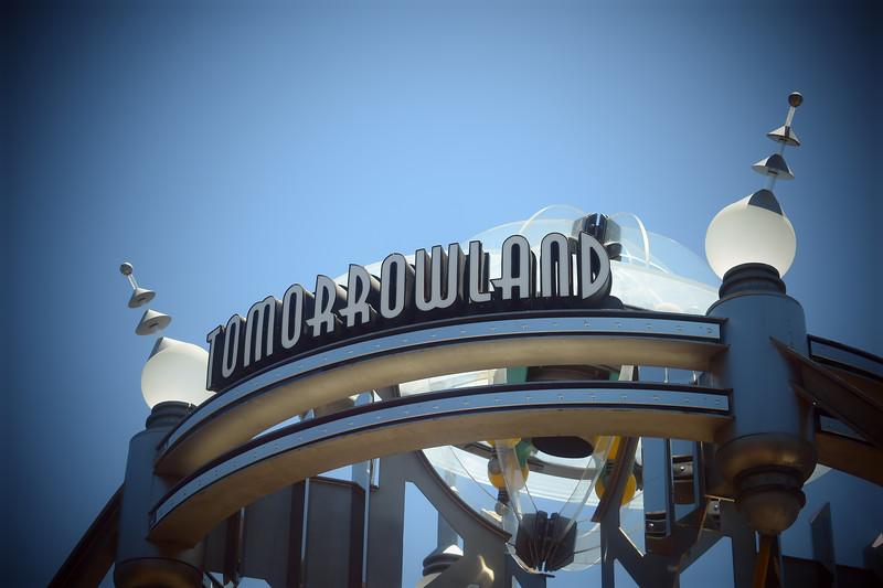 Tomorrowland Gate