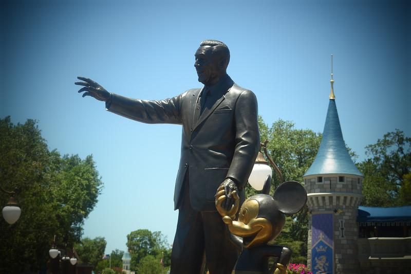 """Partners"" Statue"
