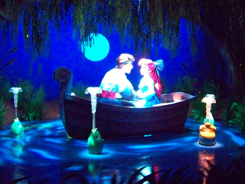 Disney California Adventure - The Little Mermaid: Ariel's Undersea Adventure
