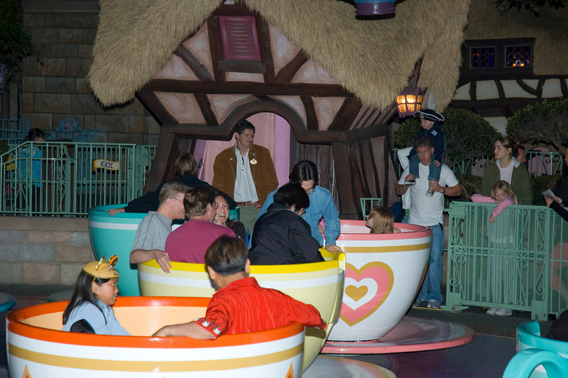 2005-11-20 - Disneyland - 025 - Disneyland Birthday 2005 - DSC_1447