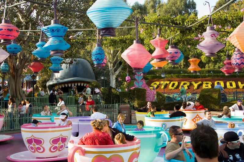 2006-11-14 - Disneyland Birthday - Mad Tea Party - 094 - DSC_4622
