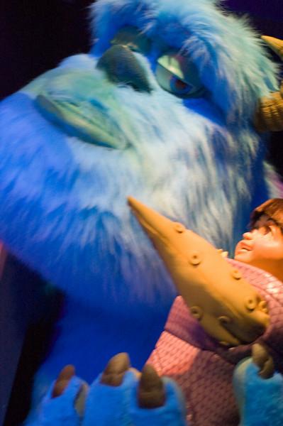 2007-11-14 - 232 - Disneyland Birthday - Monsters Inc (Kitty's gotta go) - _DSC9268